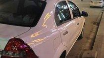Bán Chevrolet Aveo 2014, màu trắng chính chủ, giá tốt