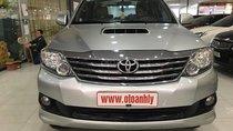 Bán Toyota Fortuner 2013, màu bạc