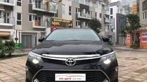 Cần bán Toyota Camry 2.0E sản xuất 2018, màu đen