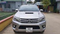 Bán Toyota Hilux 3.0G 4x4 AT sản xuất năm 2016, màu bạc, nhập khẩu