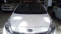 Bán Kia Rio 1.4 MT năm 2015, màu trắng, nhập khẩu như mới