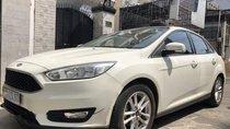 Bán xe Ford Focus Trend 1.5 Ecoboost năm 2017, màu trắng