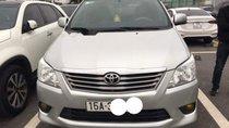 Cần bán xe Toyota Innova MT năm sản xuất 2013, màu bạc