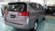 Cần bán xe Toyota Innova 2.0E MT năm 2019, màu xám, giá 771tr