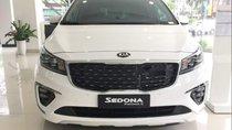 Cần bán Kia Sedona năm sản xuất 2018, màu trắng