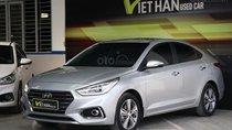 Cần bán xe Hyundai Accent 1.4AT năm 2018, màu bạc