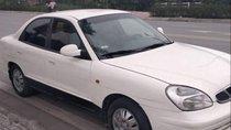 Cần bán xe Daewoo Nubira năm sản xuất 2001, màu trắng, nhập khẩu nguyên chiếc xe gia đình