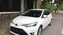 Cần bán gấp Toyota Vios E sản xuất năm 2017, màu trắng xe gia đình