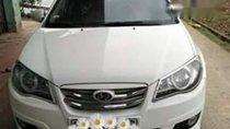 Cần bán Hyundai Avante đời 2013, màu trắng đẹp như mới