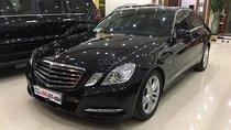 Bán xe Mercedes E250 năm sản xuất 2010, màu đen như mới