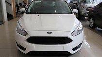 Bán Ford Focus Titanium 1.5AT năm sản xuất 2018, màu trắng, mới 100%