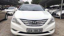 Bán Hyundai Sonata 2.0AT năm 2010, màu trắng, nhập khẩu đẹp như mới