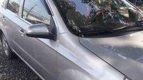 Bán Chevrolet Aveo năm 2015, màu bạc