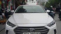 Bán ô tô Hyundai Elantra 2.0AT 2018, màu trắng, 665 triệu