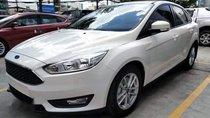 Cần bán xe Ford Focus Trend năm 2018, màu trắng