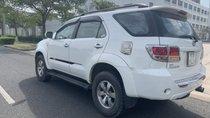 Cần bán gấp Toyota Fortuner đời 2007, màu trắng, nhập khẩu