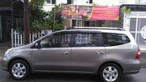 Cần bán gấp Nissan Grand Livina đăng ký 2011, màu xám (ghi) còn mới, 320triệu
