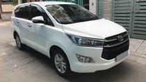 Bán xe Innova 2018 số sàn, màu trắng