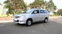 Bán Toyota Innova 2.0MT đời 2009, màu bạc còn mới