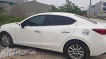 Cần bán xe Mazda 3 đời 2017, màu trắng, giá tốt