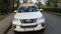 Bán Toyota Fortuner 2.4G 4x2MT đời 2017, màu trắng, nhập khẩu, Bán giá 990 triệu