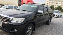 Bán xe chính chủ Toyota Hilux, xe nhập khẩu Thái Lan, màu đen, máy dầu 2.5, tiết kiệm nhiên liệu, số sàn