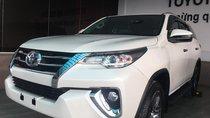 Cần bán rất gấp Toyota Fortuner 2.4G AT đủ màu, giao ngay, 0906882329