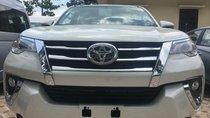 Cần bán rất gấp Toyota Fortuner 2.7V 4x2 AT nhập, mới, đủ màu, giao ngay