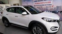 Bán Hyundai Tucson đời 2018, màu trắng, giao xe toàn quốc