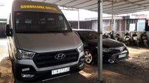 Cần bán xe Hyundai Solati sản xuất năm 2017, màu bạc, tư nhân chính chủ