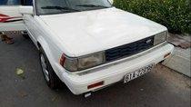 Bán xe Nissan Bluebird đời 1990, màu trắng, nhập khẩu