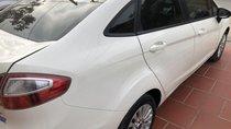 Bán Ford Focus đời 2011, màu trắng