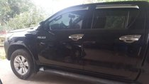 Cần bán gấp Toyota Hilux 2.5 sản xuất 2016, màu đen, nhập khẩu nguyên chiếc, giá tốt
