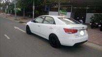 Bán Kia Forte 1.6AT đời 2010, màu trắng, nhập khẩu nguyên chiếc xe gia đình