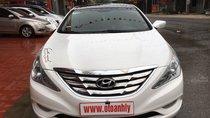 Cần bán gấp Hyundai Sonata sản xuất 2010, màu trắng, xe nhập, giá 535tr