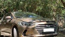 Cần bán Hyundai Elantra 2.0 full mới chạy 13,500km- xe trùm mền còn mới cóng