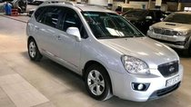 Cần bán xe Kia Carens MT đời 2015, màu bạc
