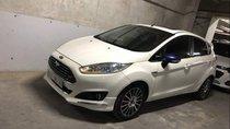 Cần bán xe Ford Fiesta đời 2014, màu trắng, chính chủ, giá tốt