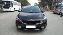 Bán xe Kia Cerato AT sản xuất 2017, màu đen, 595 triệu