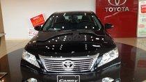 Cần bán xe Toyota Camry 2.5Q màu đen khuyến mãi lớn đầu năm Kỷ Hợi