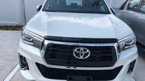Toyota Hilux 2.8Q (4X4) 2 cầu, màu trắng, xe nhập, giao ngay, xe mới 100%