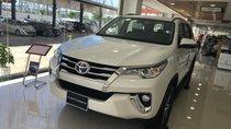 Bán Toyota Fortuner 2.7V AT máy xăng, màu trắng, nhập khẩu -- xe giao ngay