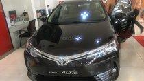 Bán Toyota Corolla Altis 1.8E CVT số tự động năm 2019, màu đen, giá 708tr