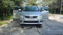 Cần bán Toyota Innova sản xuất 2008, màu bạc