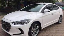 Cần bán xe Hyundai Elantra 2.0 2019, màu trắng giá cạnh tranh
