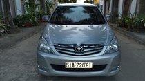 Cần bán Toyota Innova G cuối 2011 màu bạc zin