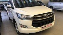 Cần bán xe Toyota Innova 2.0E MT sản xuất 2017, màu trắng