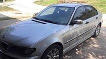 Bán BMW 318i năm sản xuất 2003, màu bạc còn mới, giá tốt