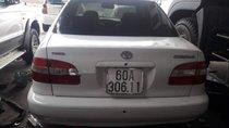 Cần bán lại xe Toyota Corolla năm 2001, màu trắng