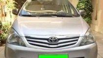 Cần bán lại xe Toyota Innova G đời 2012, màu bạc chính chủ